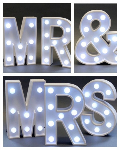 MR & MRS in white light