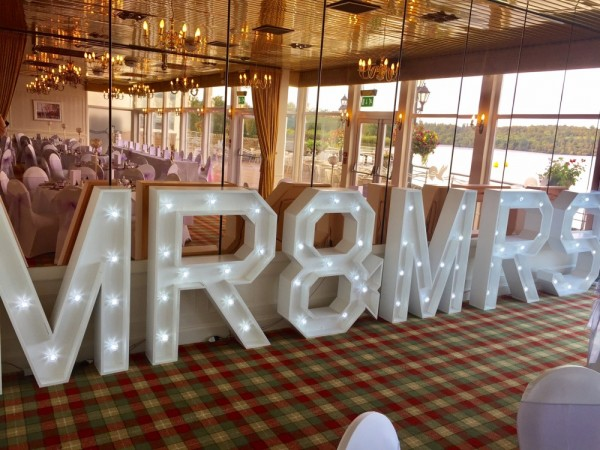 Lighted Heart, LOVE and MR&MRS sign