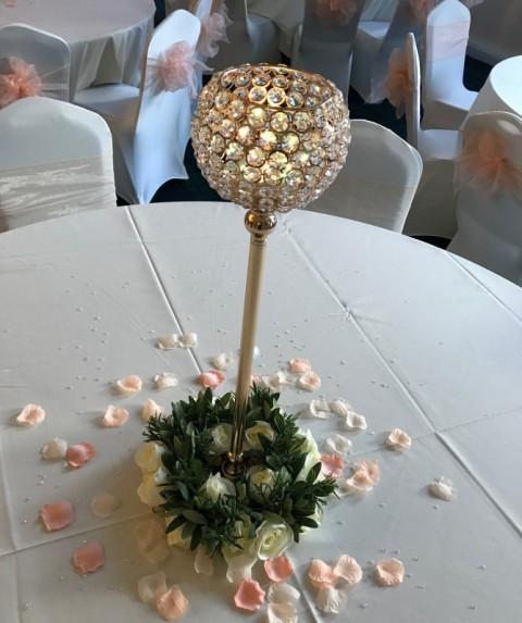 Medium gold crystal globe