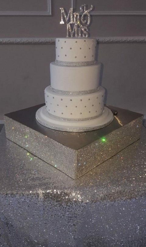 Crystal rhinestone cake stand £40. Replacement value £200.