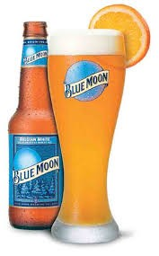 Blue Moon Brewed with oats for creaminess and spiced with the perfect combination of orange peel and coriander.An unfiltered wheat ale spiced in the Belgian tradition for an uncommonly smooth taste