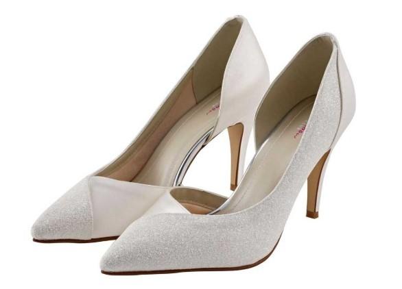 ROUX - Ivory shimmer court shoe £85