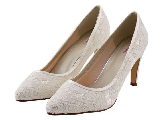 ALEXIS - Ivory luxury lace court shoe £85