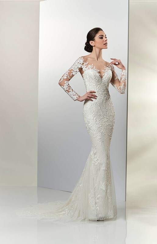 lace sleeves fitted dress