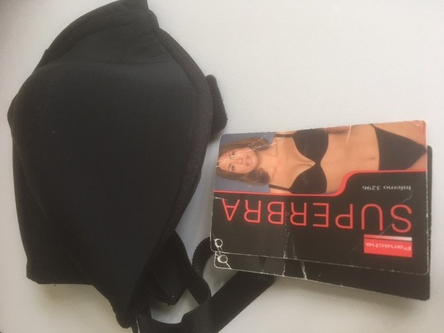 for sale  brand new with tags black underwired plunge bra 34E £5  ref 6