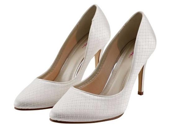 CASSIDI - Ivory cosmic lace court shoe £79