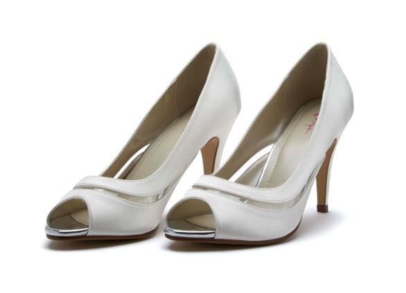 ELOISA - Ivory satin & PVC court shoe
