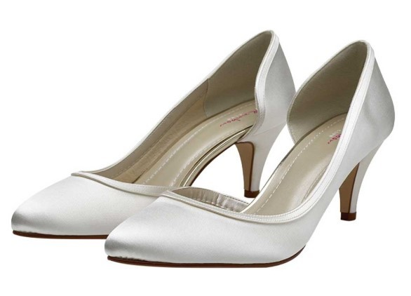 RAINBOW CLUB - ABBIE - Ivory satin court shoe