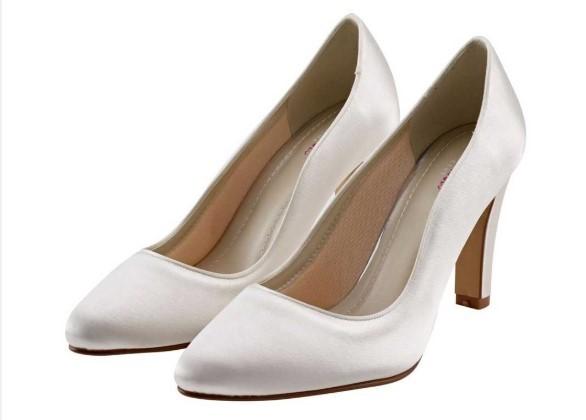 EBONY - Block heel ivory satin court shoe £75