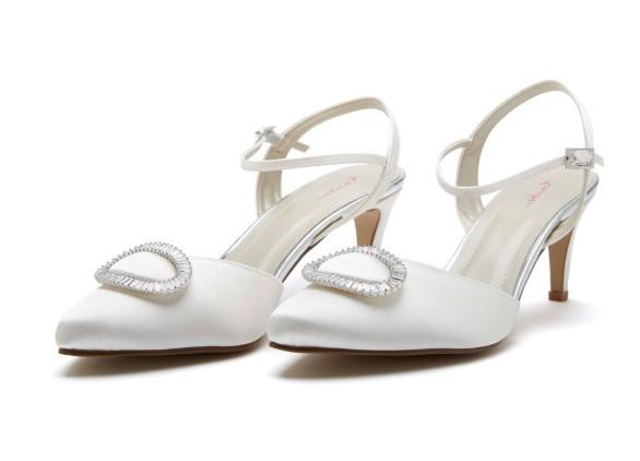 ETTA - Ivory satin court shoe