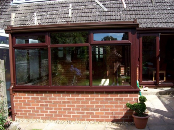 Rosewood Lean-2 Conservatory