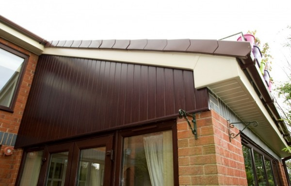 Rosewood T & G cladding + Cream Fascias & Soffits