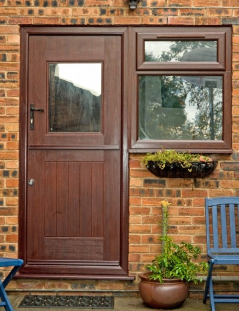 Rosewood Stable Rock Door