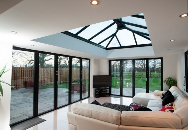 Black Aluminum Bi-folding Doors With Glass Lantern Roof Orangery