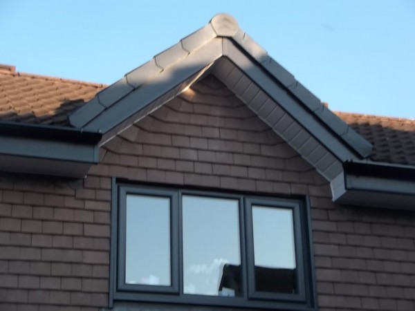 Anthracite Grey UPVC Fascias & White Soffits