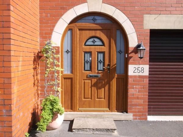 Golden Oak Arched Combination Composite Door
