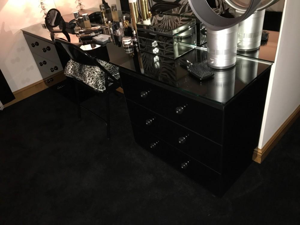 Black Glass Dressing & Top
