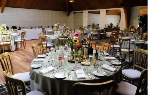 Coloured table linen