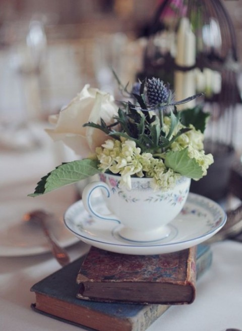 Teapots, teacups and bottles