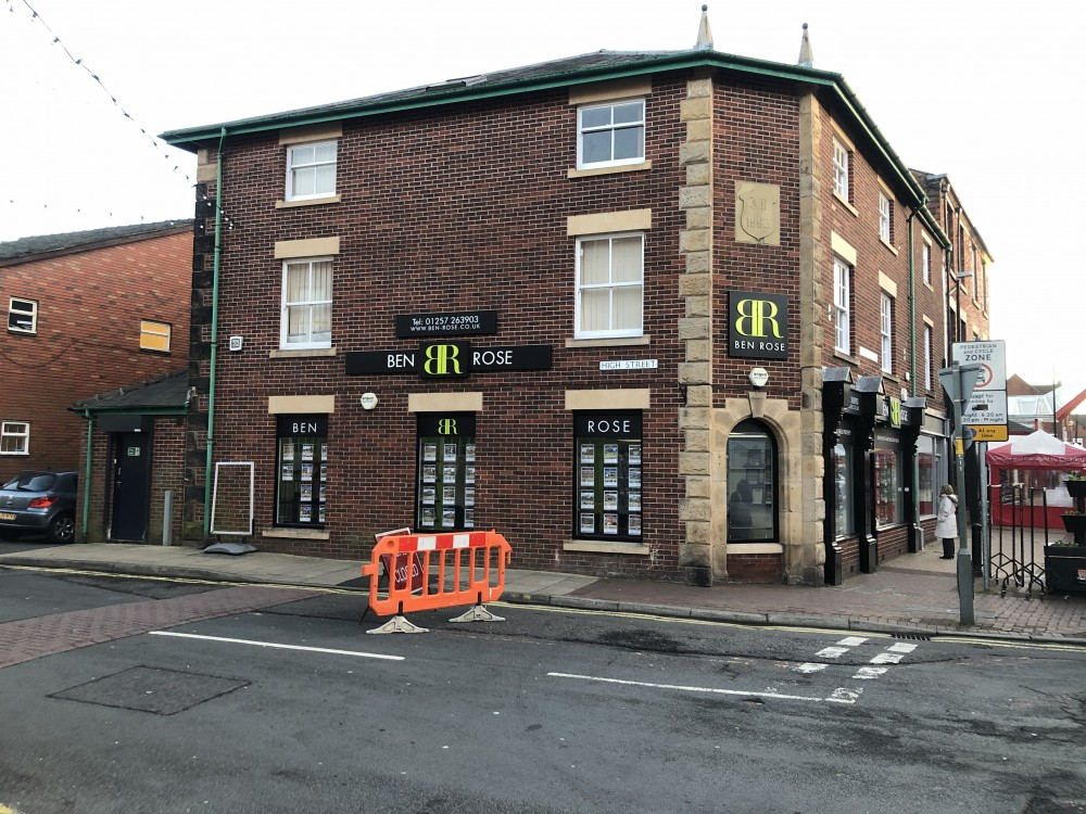 Offices over 10-12 Cleveland Street, Chorley PR7 1BH