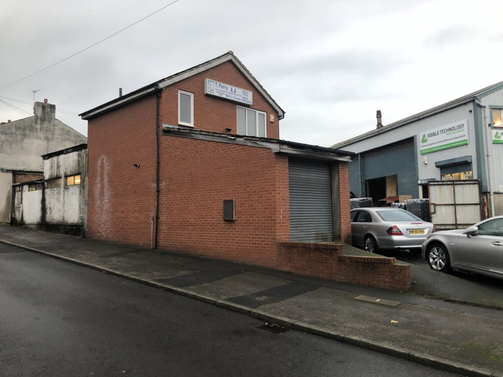 3 Brierley Street, Preston PR2 2AU