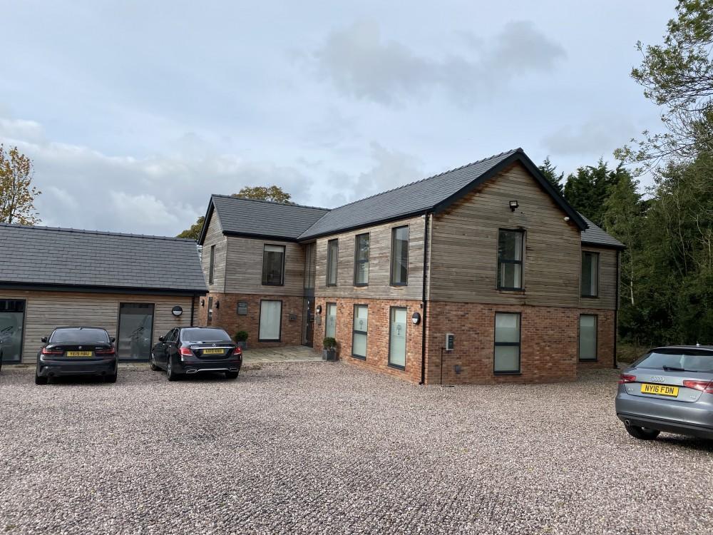 Office 3, New Southworth Hall Business Centre, Cuerdale Lane, Salmsbury, Preston PR5 0UY