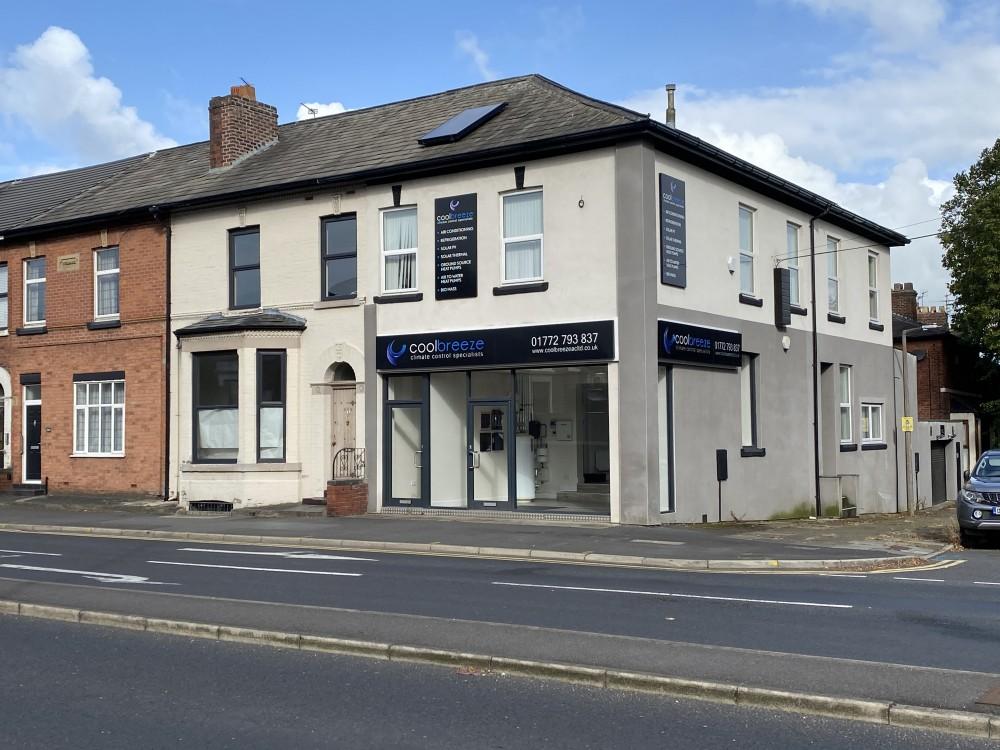 290 Blackpool Road, Fulwood, Preston PR2 3AE