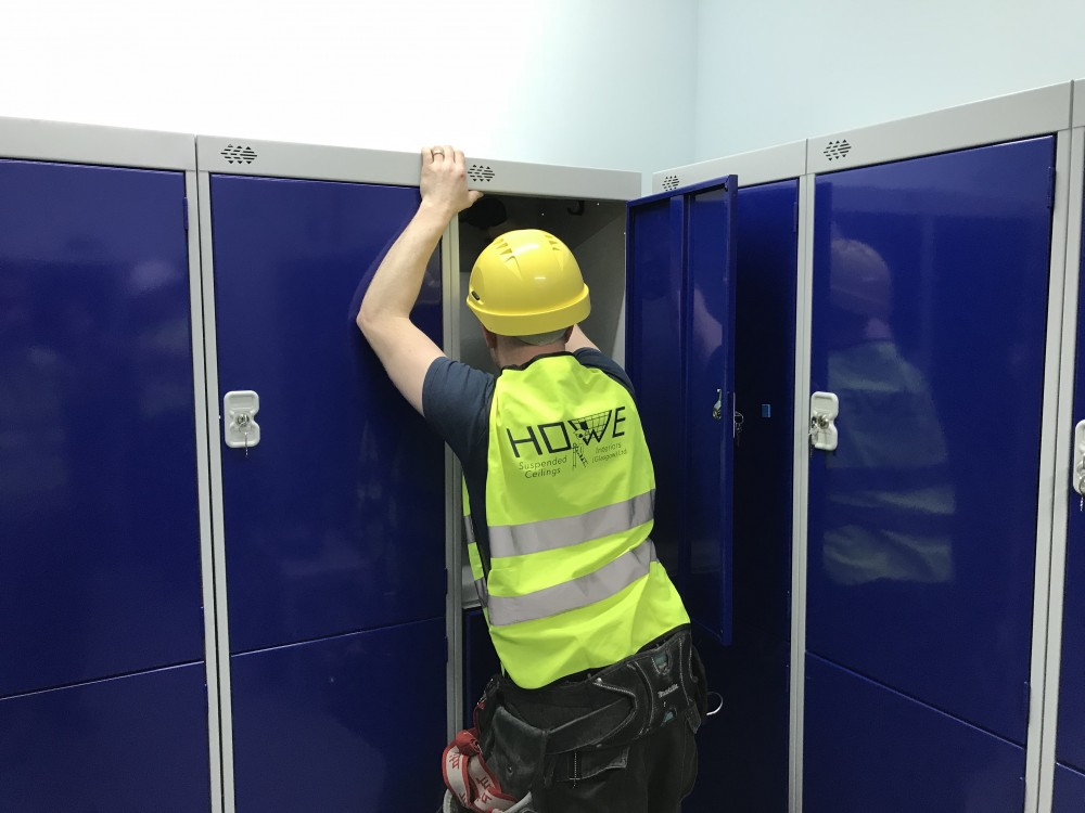 Glasgow Airport, Decoration and Locker install